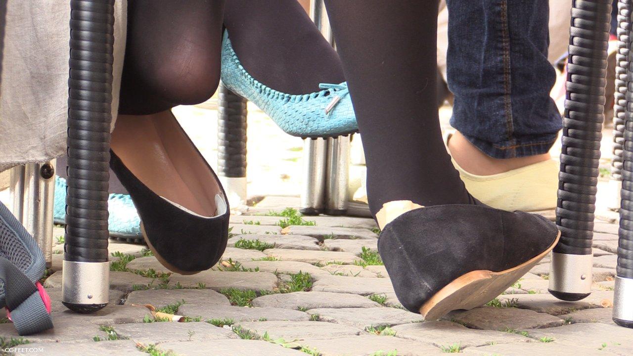 Flats Shoeplay Porn Pics