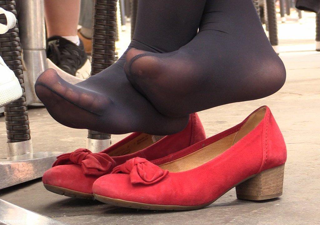 january cc feet com
