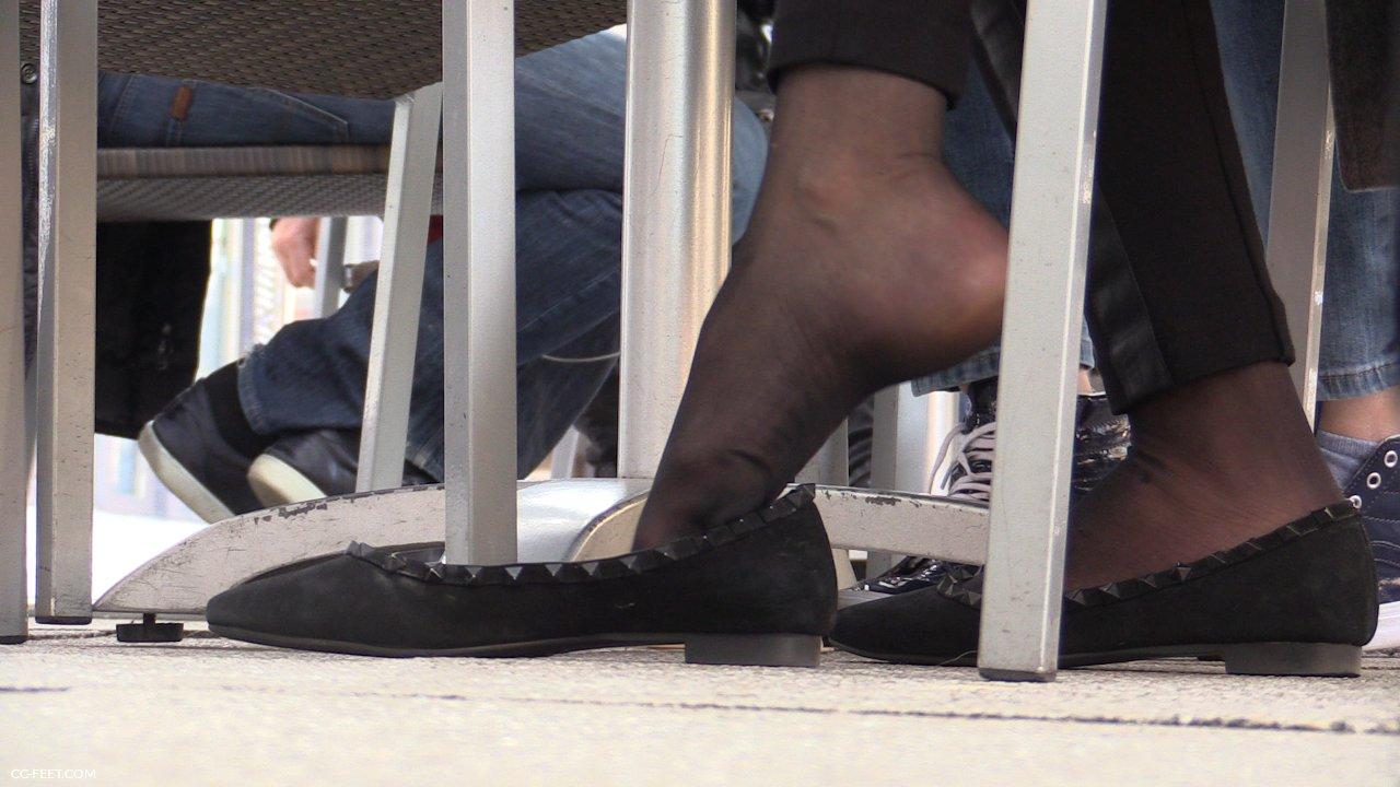 190 Black Pantyhose Dangling Cc Feet Com